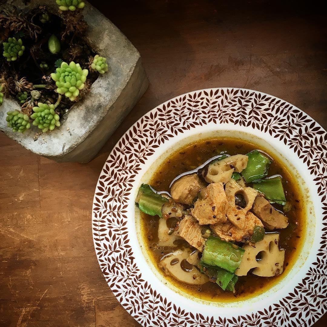 四角豆と蓮根の激辛チキンカレー